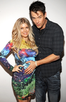 Fergie and Josh Duhamel show up for Nick