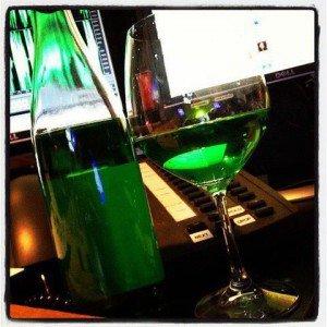 green-wine-300x300